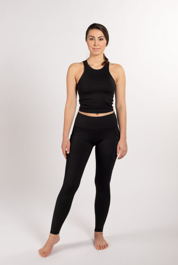 ethically made sustainable leggings with pockets from Finland