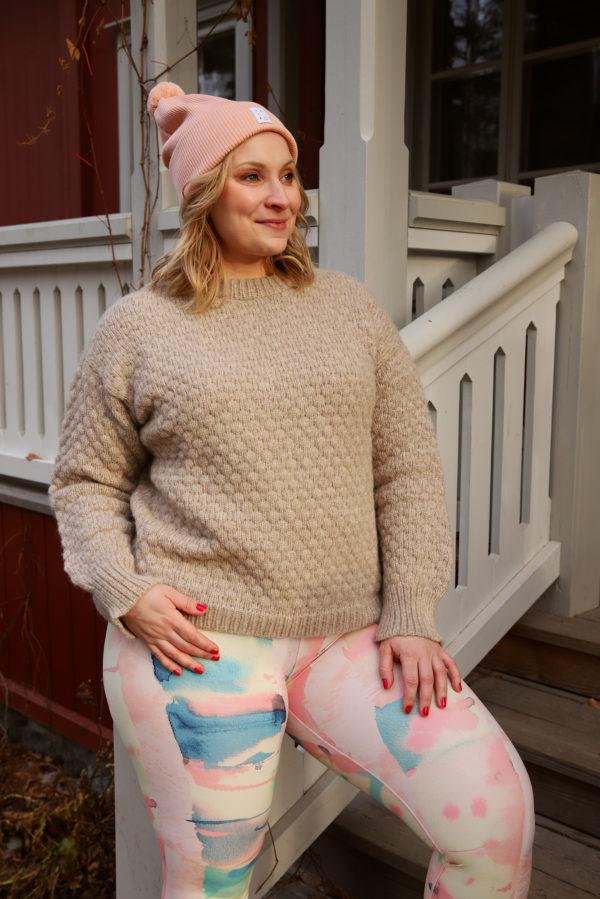 sustainable nordic savannah leggings with art