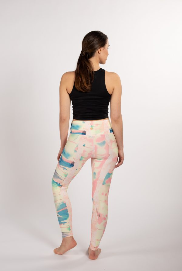 Ethically made sustainable yoga leggings with art inspired by the Nordic nature from Finnish brand Njálla Clothing